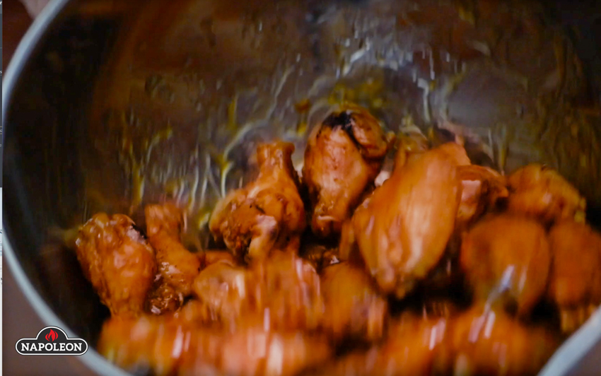 buffalochickenwings-sauce